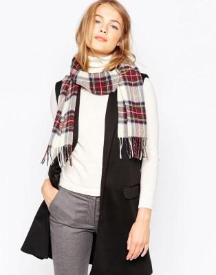 Bufanda escocesa de lana de cordero Stewart de Johnstons